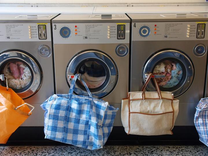 laundry_shutterok