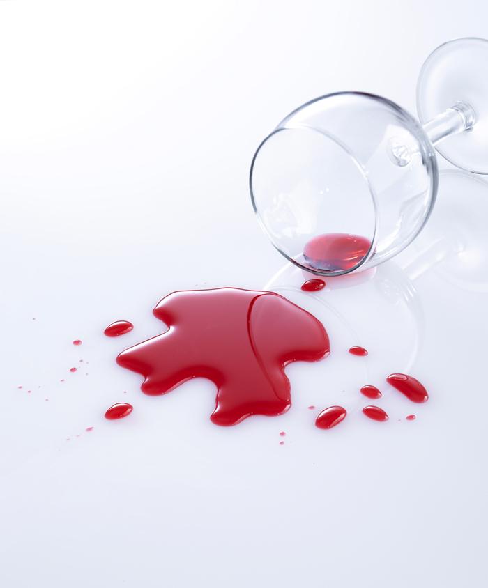 Manchas rojas_ vino tinto